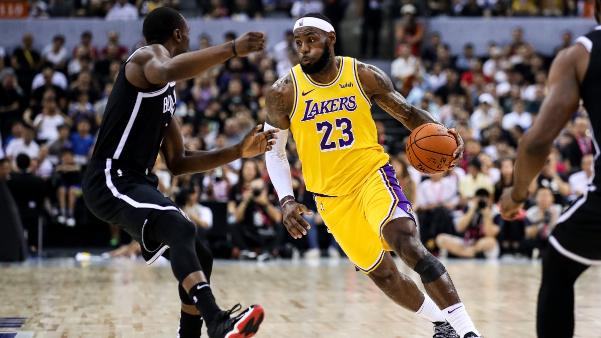 Line Movement, Sharp Action for All 3 Thursday NBA Games: Classic Pros vs. Joes Battle With Lakers vs. Nets article feature image