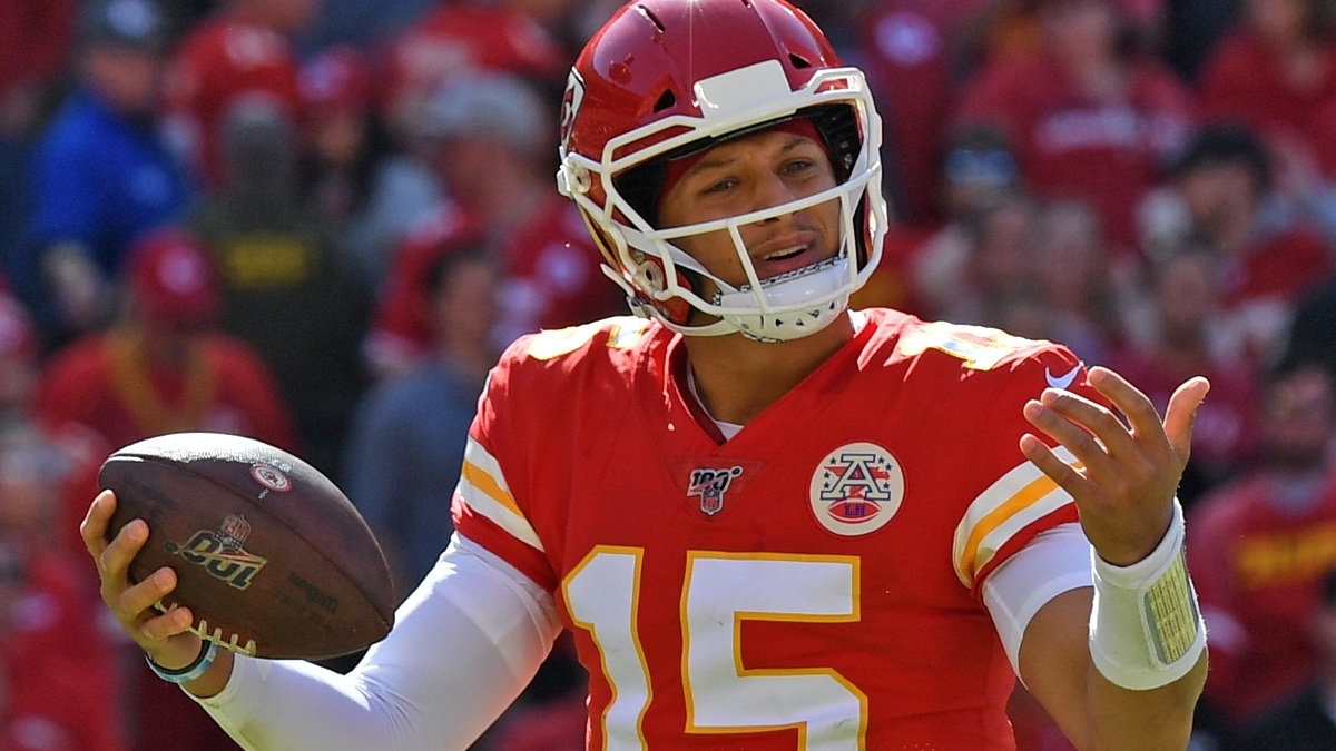 Super Bowl 54 Betting Tip: Windy Weather Could Impact 49ers vs. Chiefs in Miami article feature image