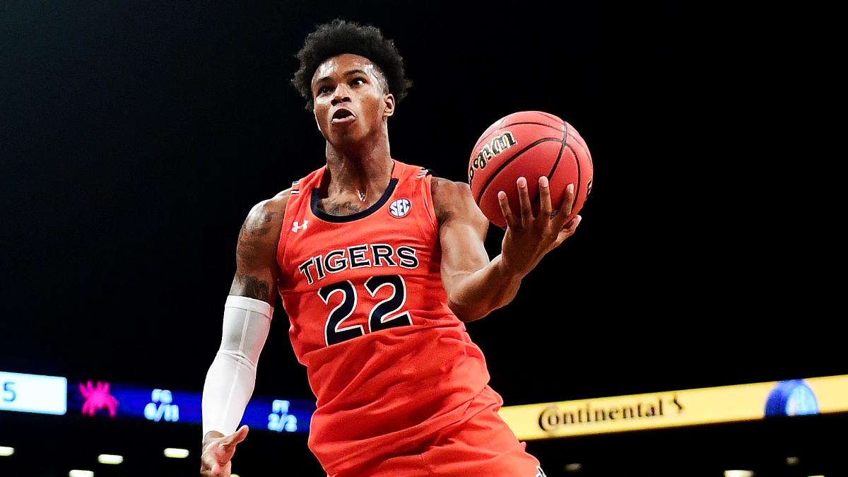 Wednesday College Basketball Betting Odds & Picks: Auburn vs. Alabama, Iowa State vs. Baylor article feature image