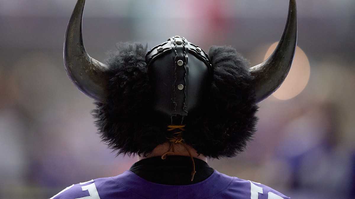 Vikings vs. Saints Sharp Betting Pick: Late Money Driving Significant Wild Card Odds Movement article feature image