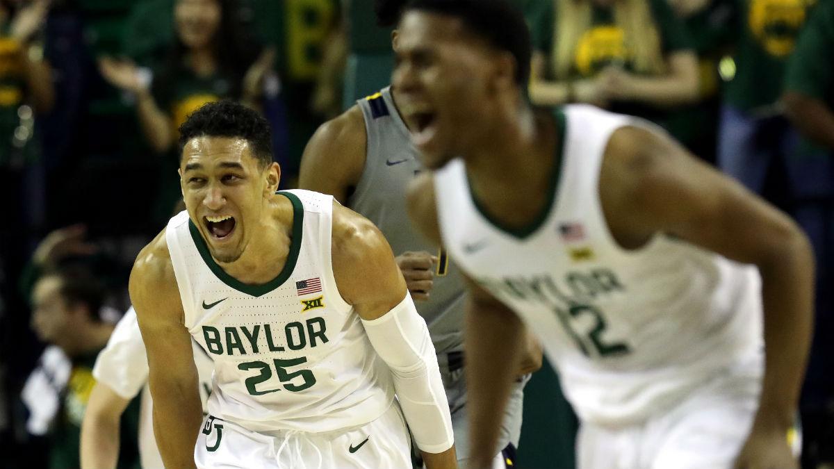 Tuesday College Basketball Odds & Picks: Oklahoma vs. Baylor & Missouri vs. Ole Miss article feature image