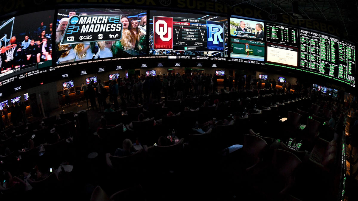 2020 College Basketball Betting Power Ratings article feature image
