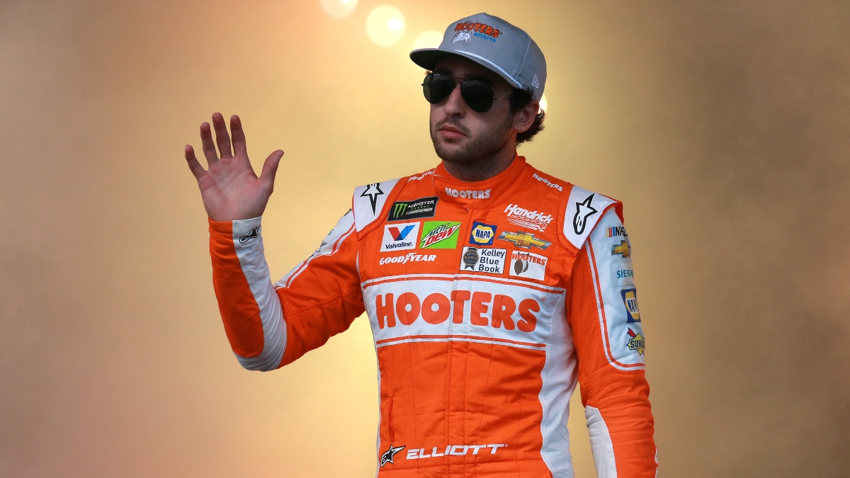 Chase Elliott Daytona 500 Odds: Futures, Matchups, Prop Bets & Driver Ranking article feature image