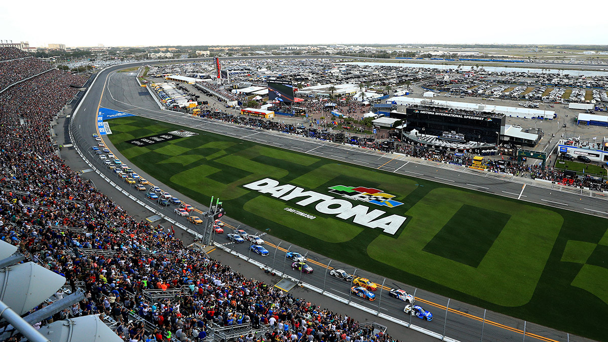 Updated Daytona 500 Odds & Picks: The Latest Betting Lines & Predictions Ahead of Monday's Great American Race article feature image