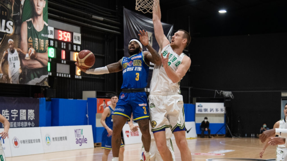 Chinese Super Basketball League Betting Odds, Pick (April 22): Taiwan Beer vs. Yulon Dinos article feature image