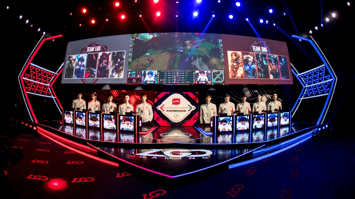 LOL Betting Picks and LPL Spring Finals Roundtable Preview: Top eSports vs. JD Gaming (May 2) article feature image