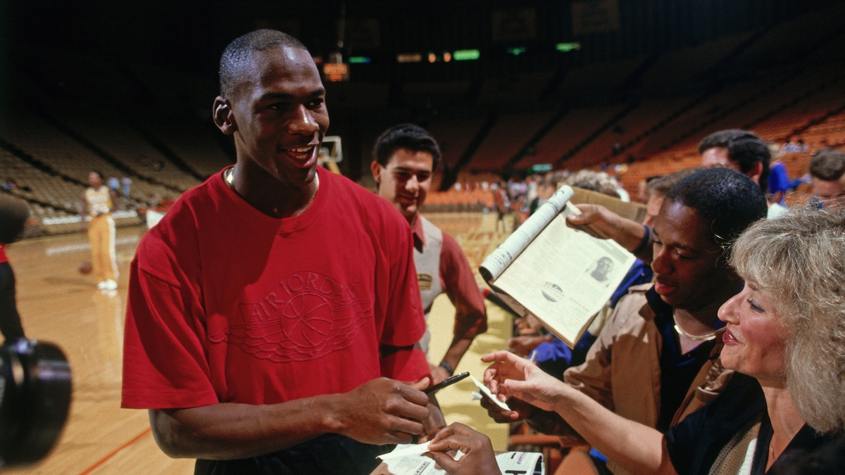 The Story Behind the Michael Jordan Love Letter That's Up for Auction article feature image