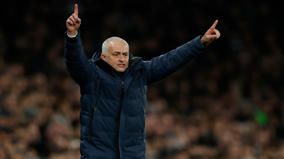 Premier League Betting Odds, Picks, Predictions: Manchester United vs. Tottenham Preview (Friday, June 19) article feature image