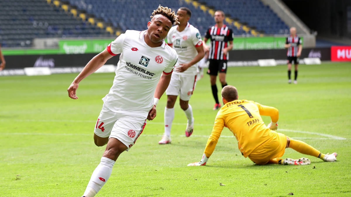 Sunday Bundesliga Betting Preview: Mainz vs. Augsburg Odds, Picks & Predictions (June 14) article feature image