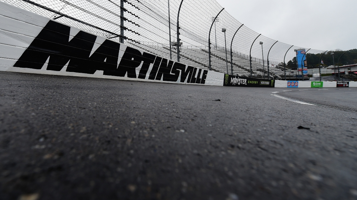 Updated NASCAR at Martinsville Weather: Rain in the Forecast for Wednesday Night's Blue-Emu Maximum Pain Relief 500 article feature image