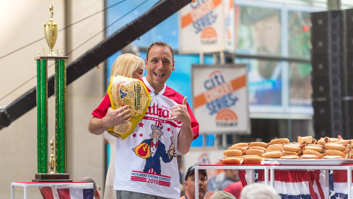 3 States Approve Hot Dog Eating Contest Betting, a First for Legal U.S. Books article feature image