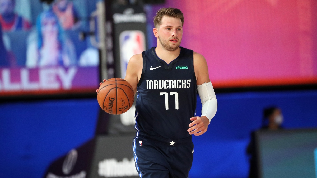 Tuesday NBA Odds, Picks & Predictions: How to Bet Mavericks vs. Kings (August 4) article feature image