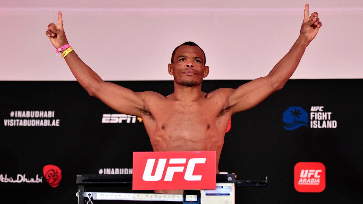 Trinaldo vs. Herbert Odds & Pick: The UFC Undercard Bout to Bet at Fight Island article feature image