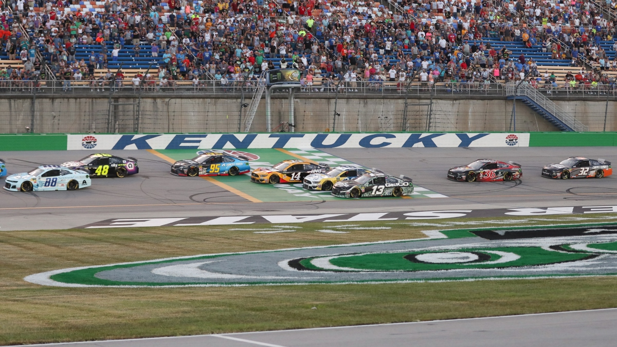NASCAR at Kentucky DraftKings Picks: DFS Strategy for Sunday's Quaker State 400 article feature image