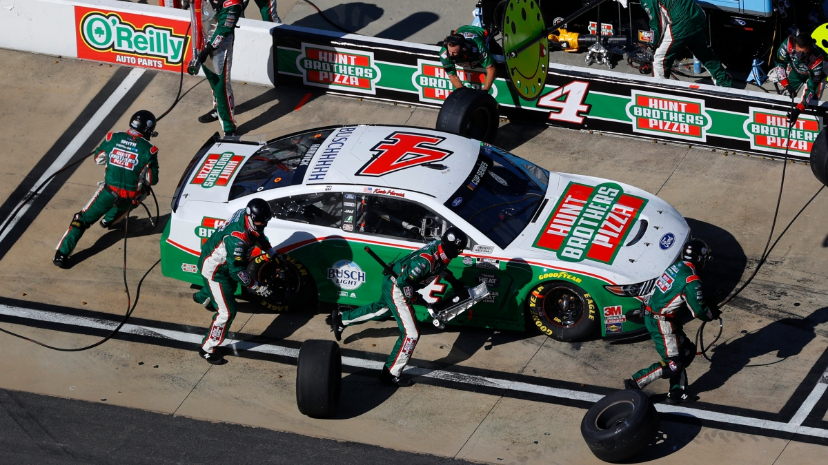 Updated NASCAR All-Star Race Odds: Kevin Harvick Favored to Win at Bristol on Wednesday Night article feature image