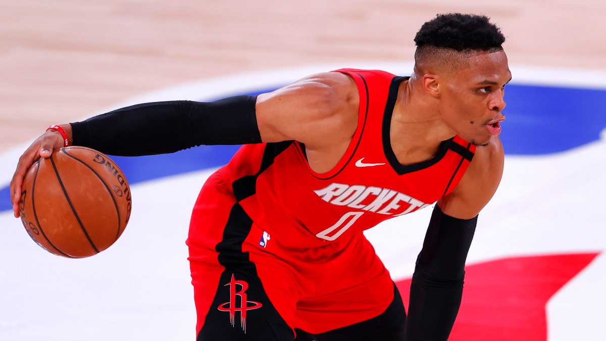 NBA Injury News & Projected Starting Lineups: Latest on Rockets, Pacers, More (Tuesday, Aug. 18) article feature image