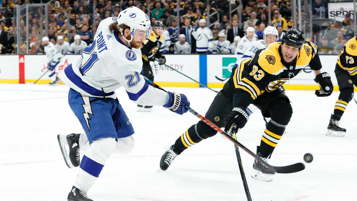 Sunday NHL Betting Odds, Picks & Predictions: Bruins vs. Lightning Game 1 Preview (Aug. 23) article feature image