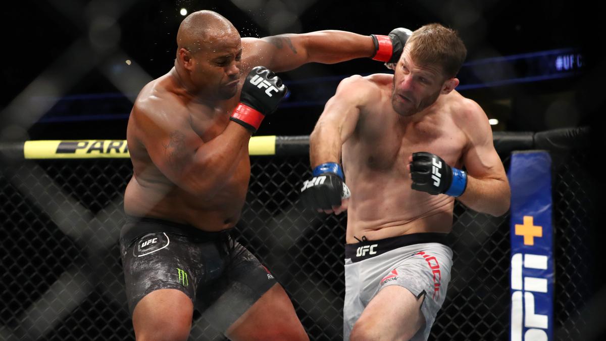 Stipe Miocic vs. Daniel Cormier Odds, Pick & Prediction: The Best Bet for Saturday's UFC 252 Main Event article feature image