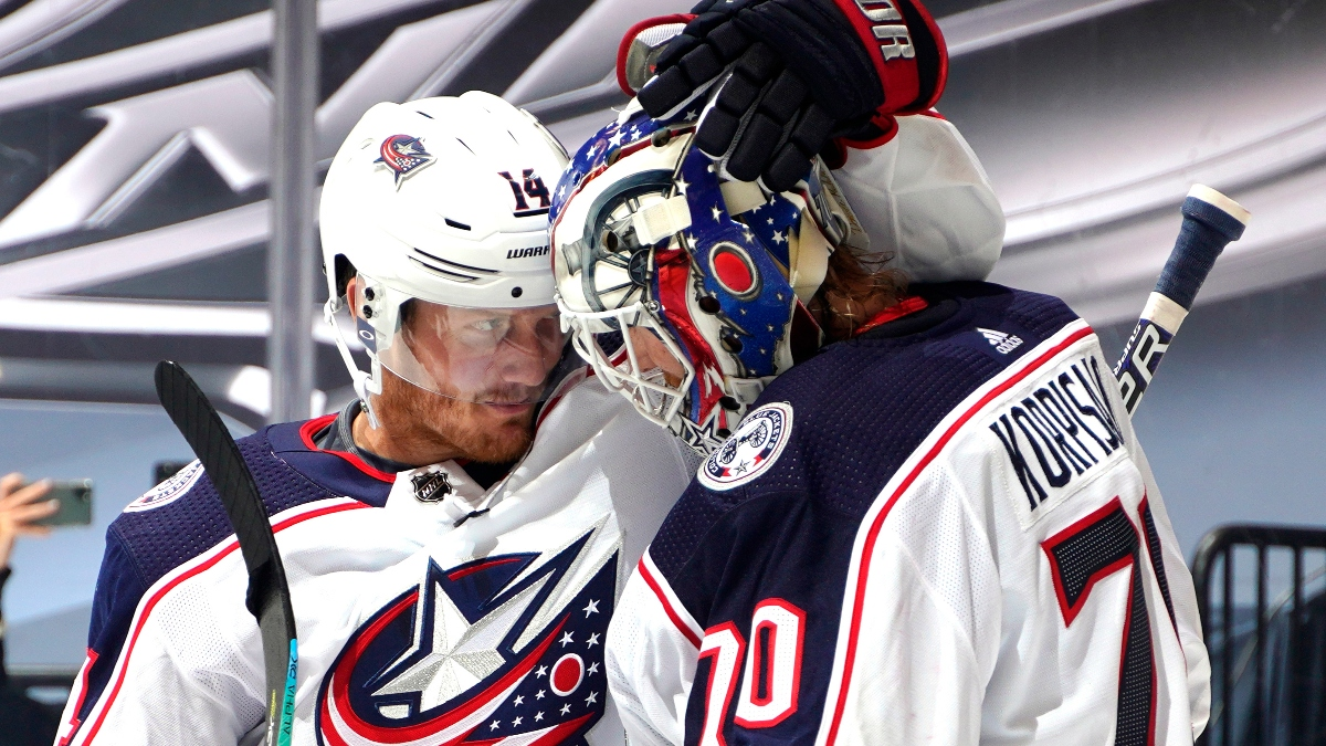 NHL Betting Odds, Picks & Predictions (Tuesday, Aug. 11): Blue Jackets vs. Lightning Game 1 Preview article feature image