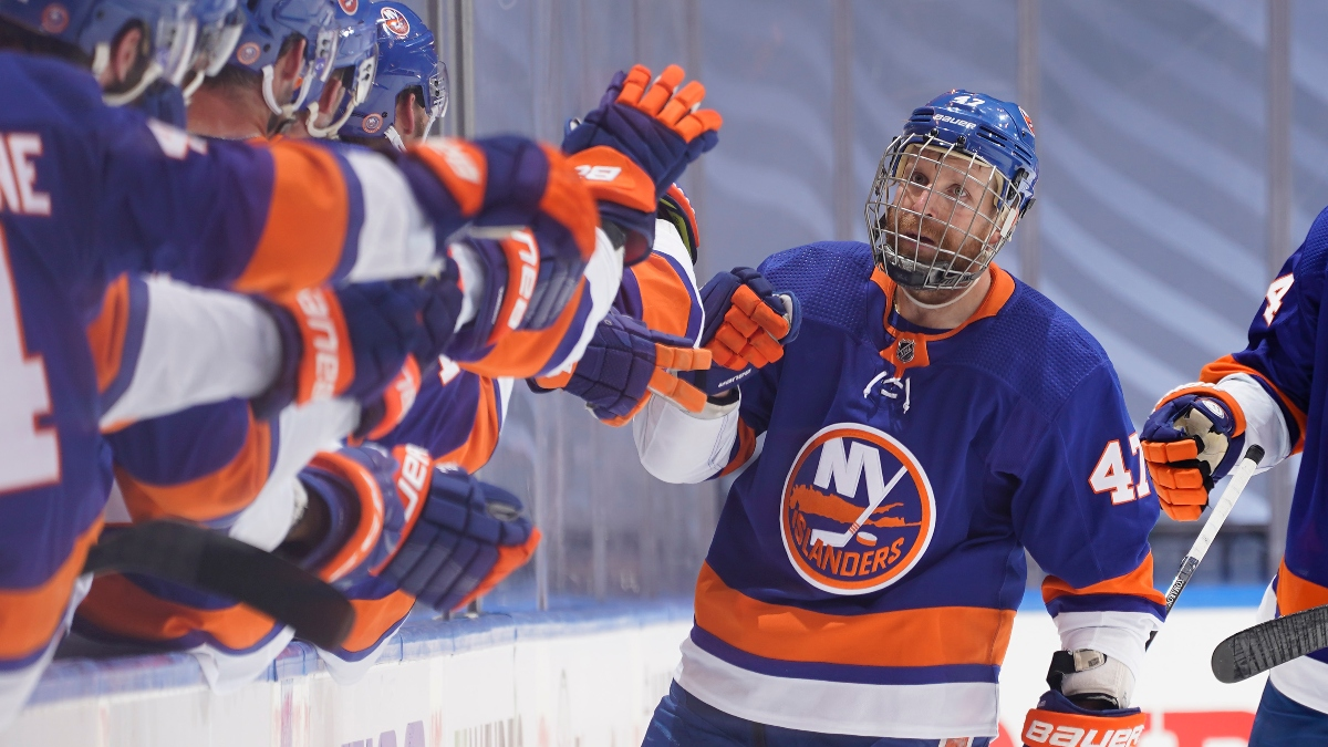 NHL Odds and Picks: Predictions for Islanders vs. Flyers Game 4 (Sunday, Aug. 30) article feature image