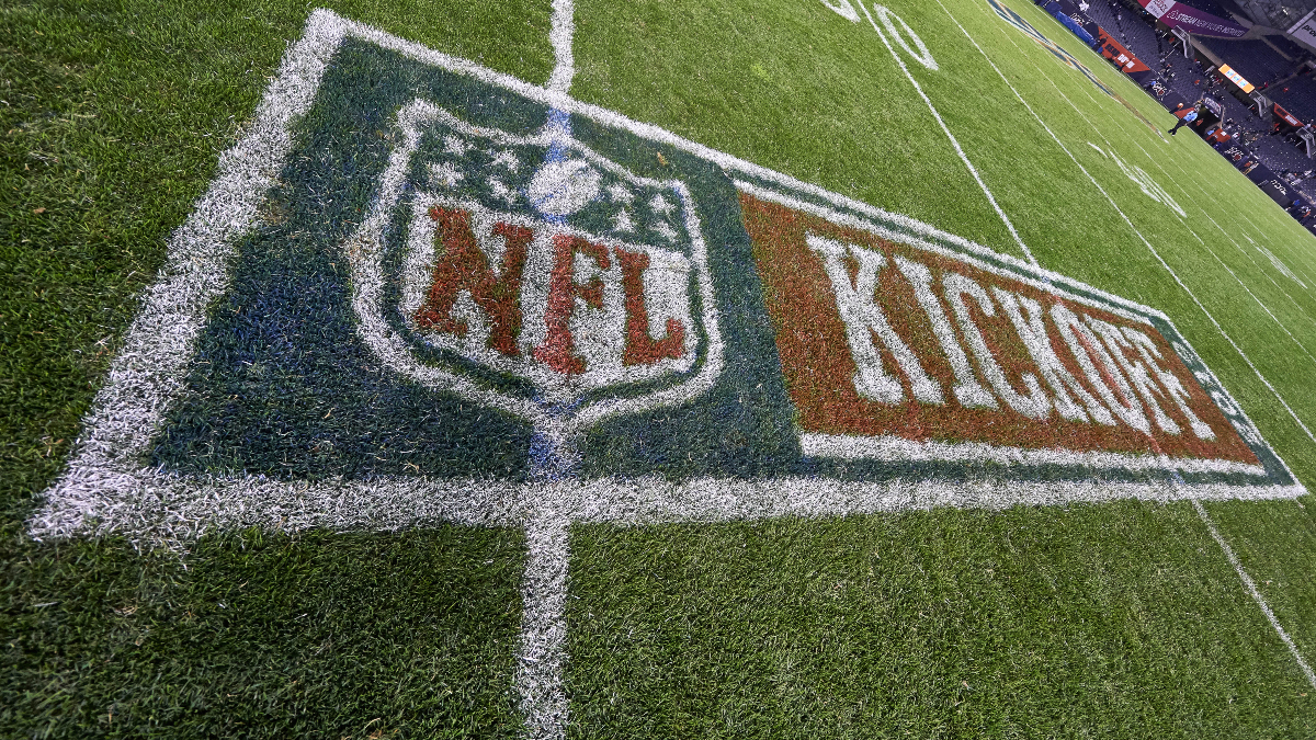How to Bet on the NFL: 10 Tips for Beginners article feature image