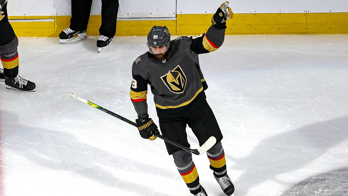 NHL Betting Picks For Islanders vs. Flyers & Golden Knights vs. Canucks (Saturday, Aug. 29) article feature image