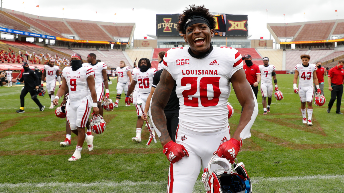 2020 College Football Rankings: AP Poll Top 25 vs. Our Betting Power Ratings For Week 3 article feature image