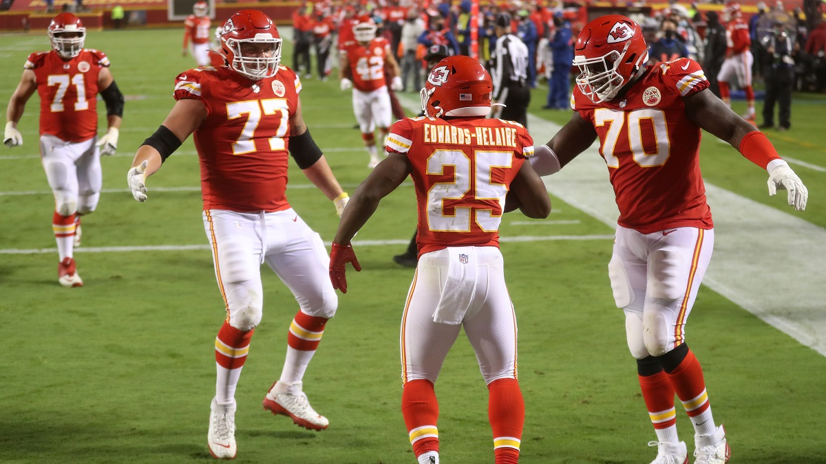Chiefs vs. Chargers Odds & Opening Line: Kansas City a Growing Favorite for Week 2 (Sept. 20) article feature image