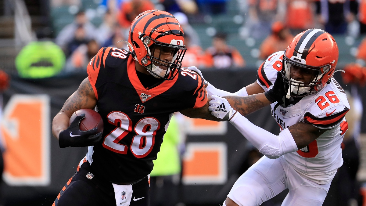 Bengals vs. Browns Sharp Pick: How Pros Are Betting This Thursday Night Football Total article feature image