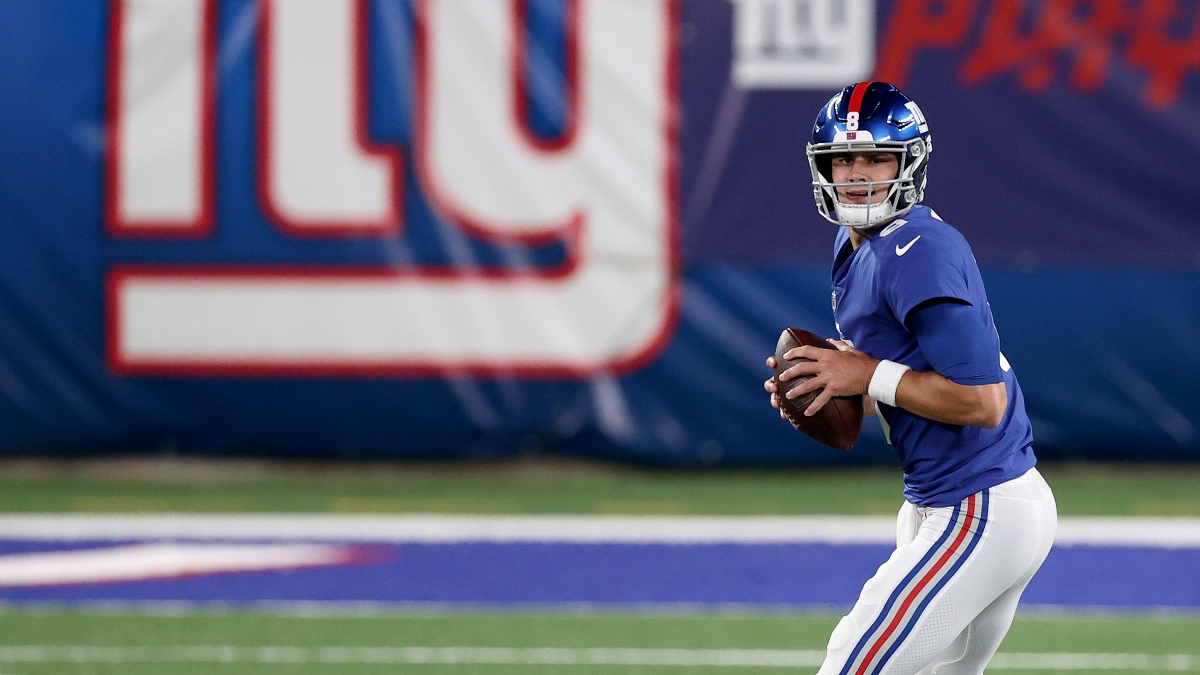 Giants vs. Rams Odds & Promotions: Bet $20, Win $125 if the Giants Score a Point! article feature image