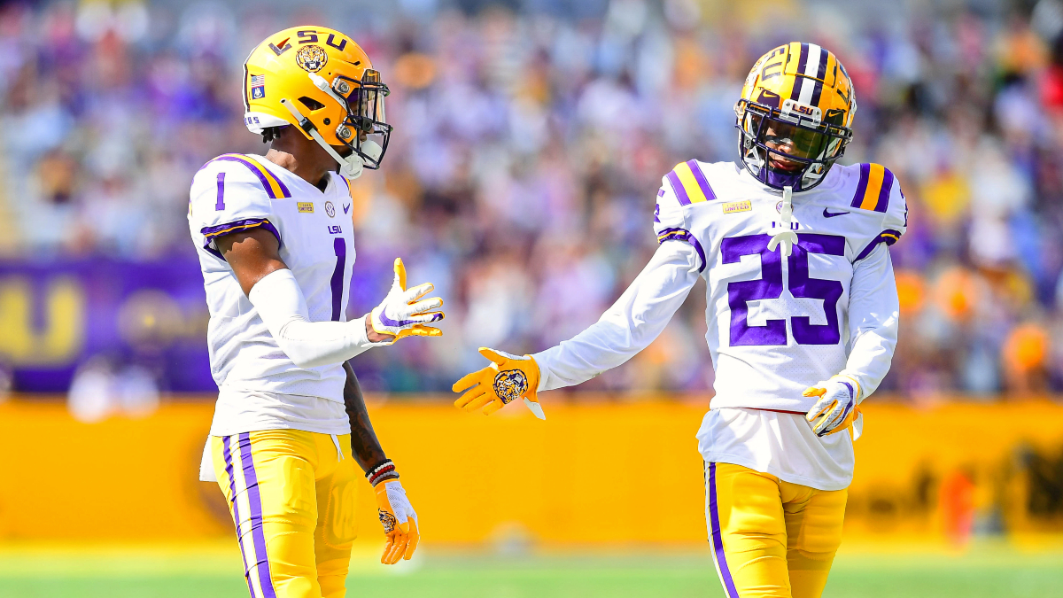 2020 College Football Rankings: AP Top 25 Poll vs. Our Betting Power Ratings For Week 5 article feature image