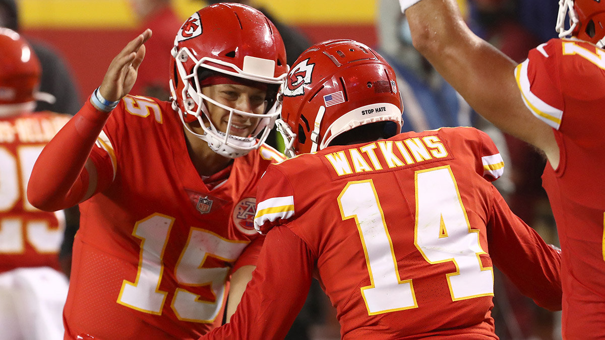 Chiefs vs. Bills Odds & Promotions: Bet $20, Win $125 if the Chiefs Score a Point! article feature image