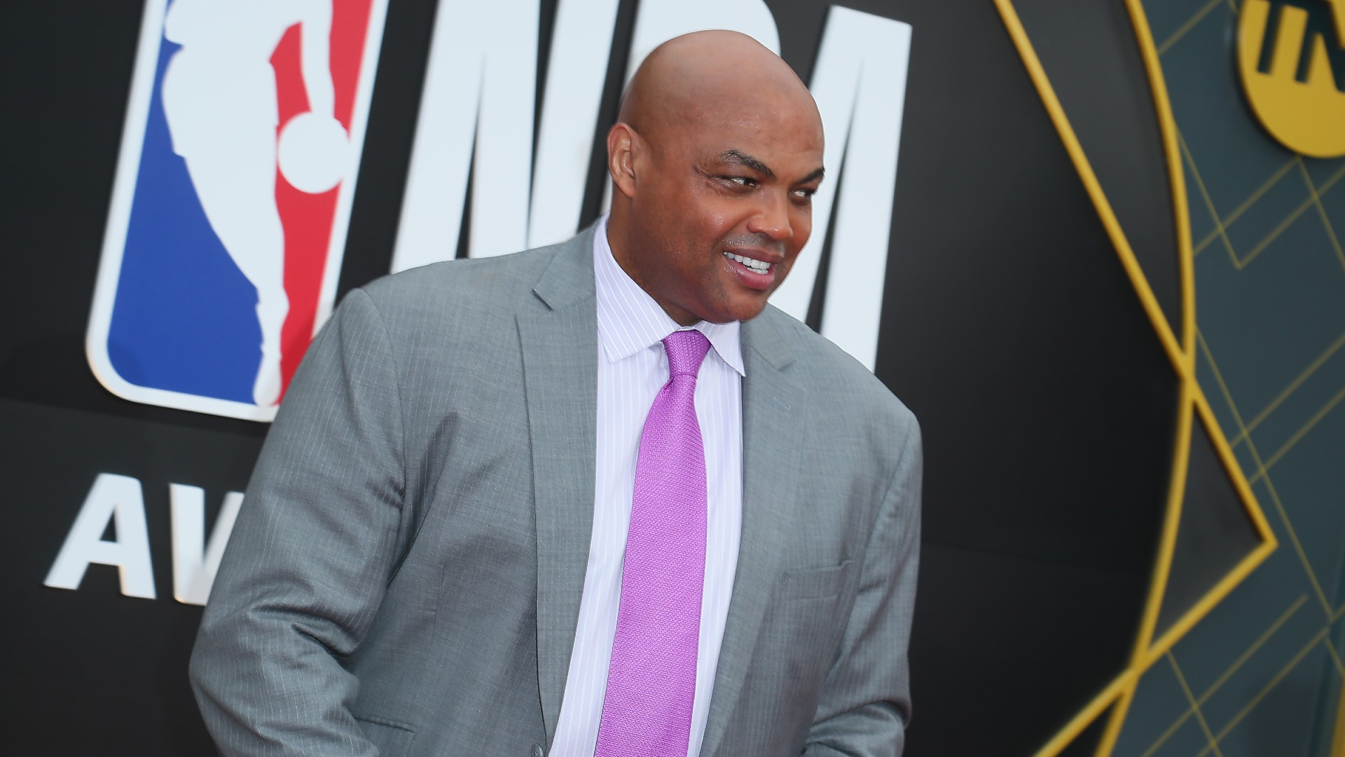 Charles Barkley Says He Lost $100K on Falcons' Super Bowl Loss to Patriots article feature image