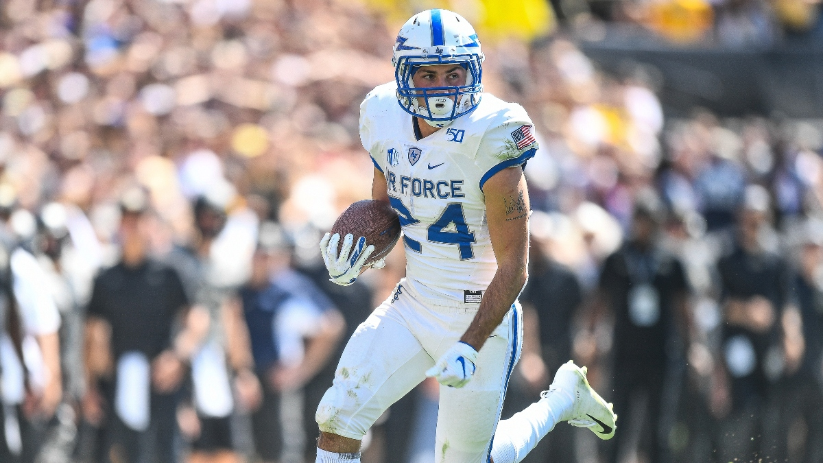 Navy vs. Air Force Sharp Betting Pick: Pros Buying Back the Over/Under Trend (Oct. 3) article feature image