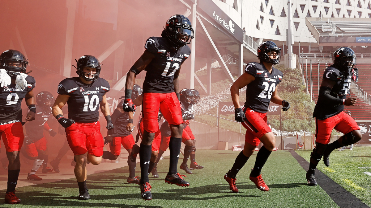College Football Odds & Picks: Everything You Need to Bet Saturday's Week 8 Games article feature image