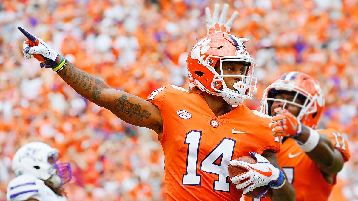 Miami at Clemson Betting Odds & Pick: Tigers Defense Can Contain D'Eriq King (Saturday, Oct. 10) article feature image
