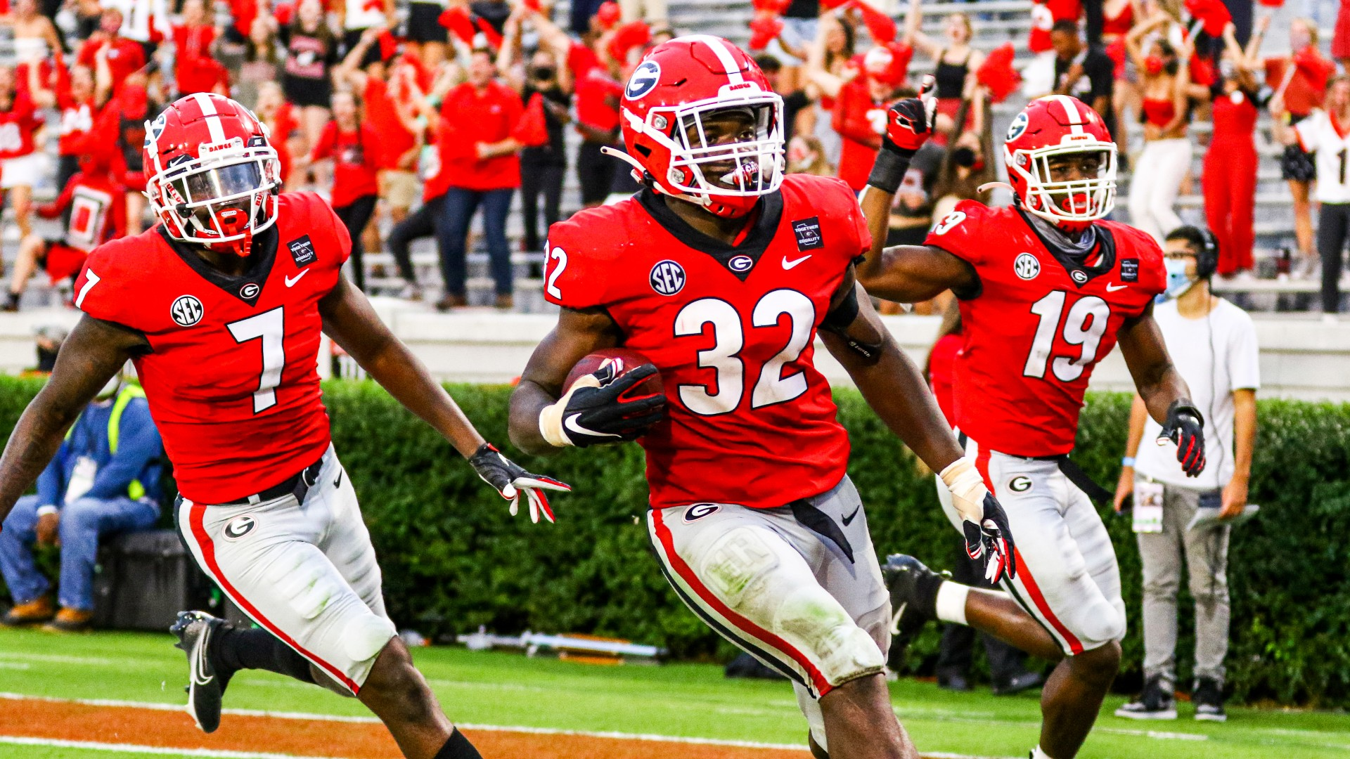 College Football Odds, Betting Picks, Predictions: Alabama vs. Georgia (Saturday, October 17) article feature image