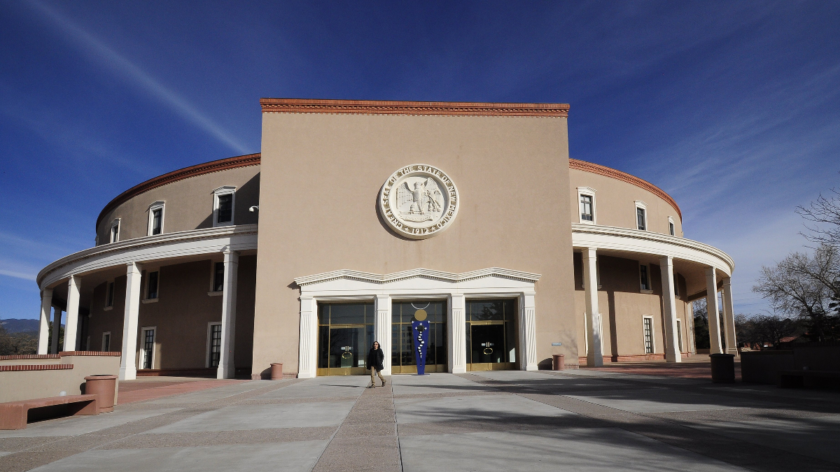 New Mexico Online Sports Betting Proposal Faces Challenges article feature image