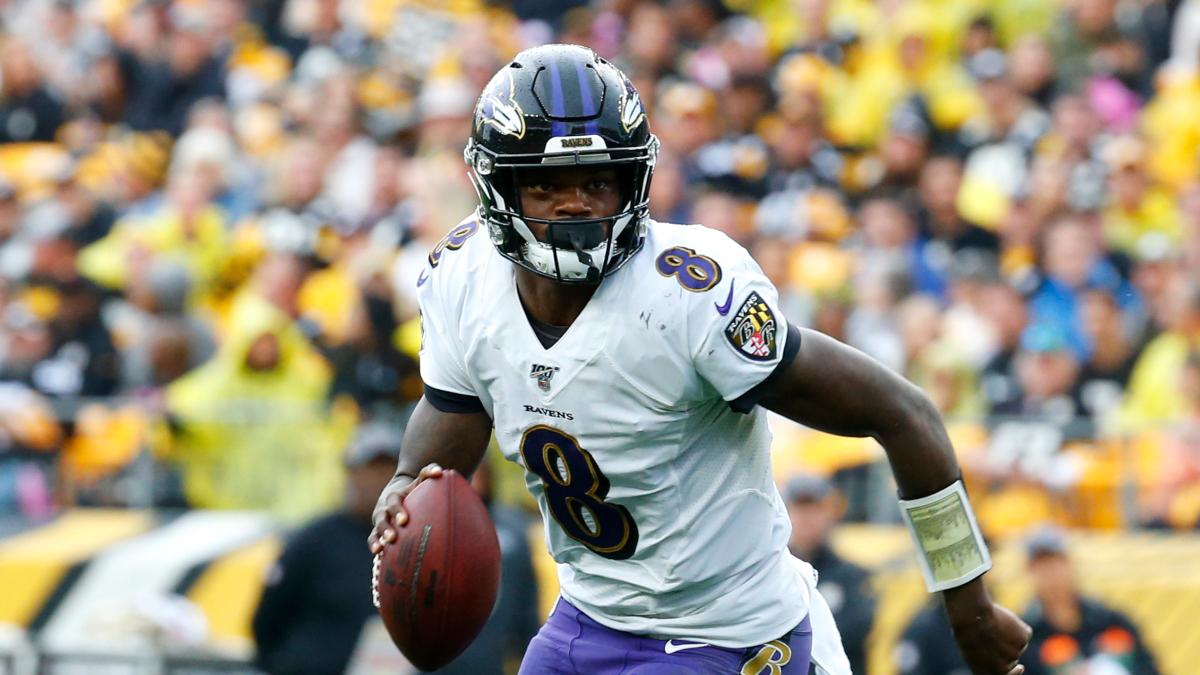Steelers vs. Ravens Odds & Picks: Back Lamar Jackson To Cover vs. the NFL's Last Unbeaten article feature image
