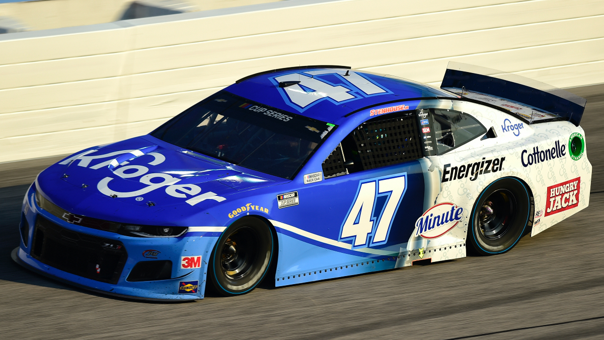 NASCAR at Talladega Betting Odds & Picks: 3 Longshot Bets for Sunday's YellaWood 500 (Oct. 4) article feature image