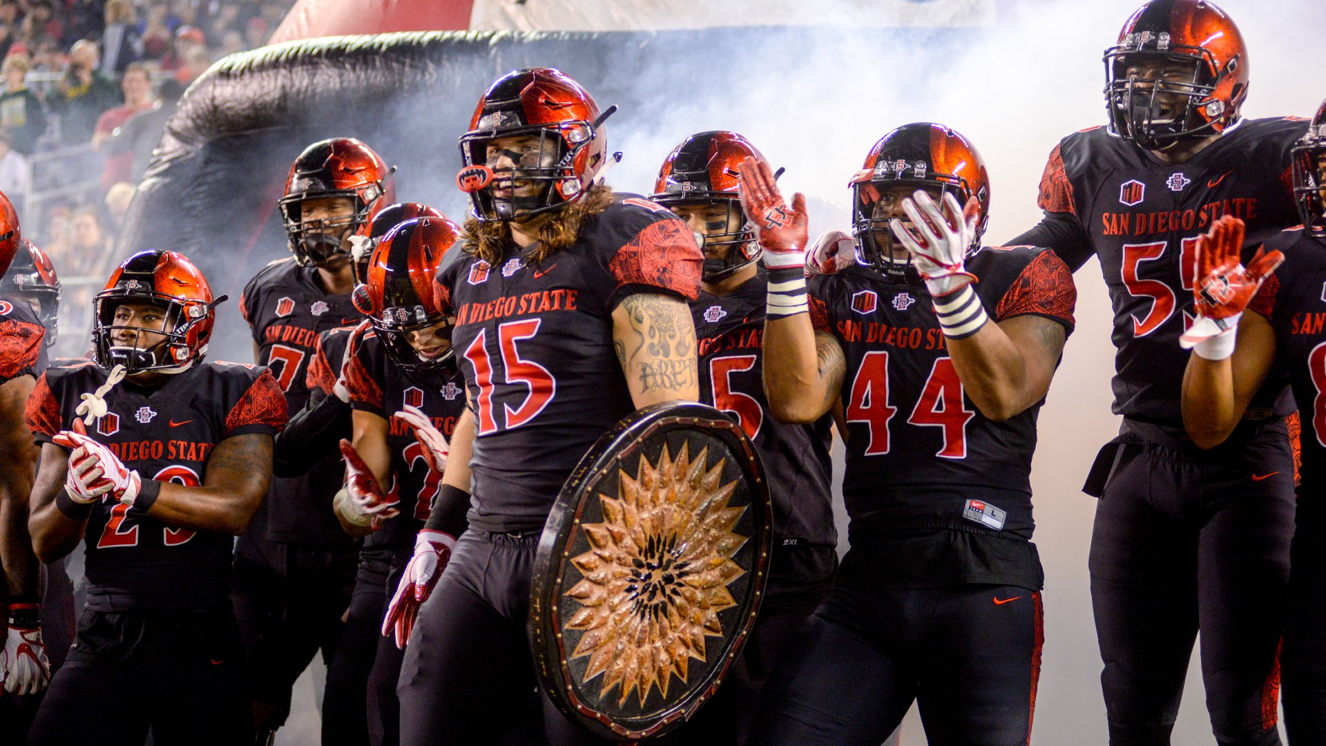College Football Odds & Picks: How To Bet San Diego State vs. Utah State, North Carolina vs. Virginia, More article feature image