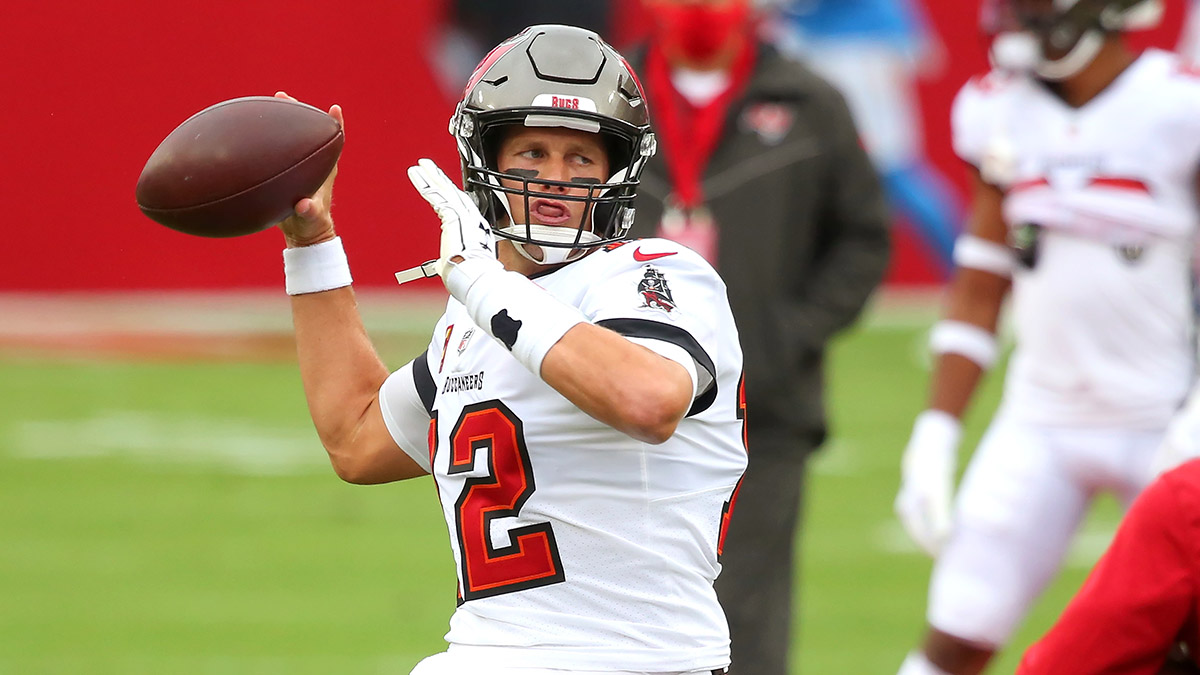 Thursday Night Football Promo: Bet $25, Win $250 on the Bucs or Bears Moneyline! article feature image