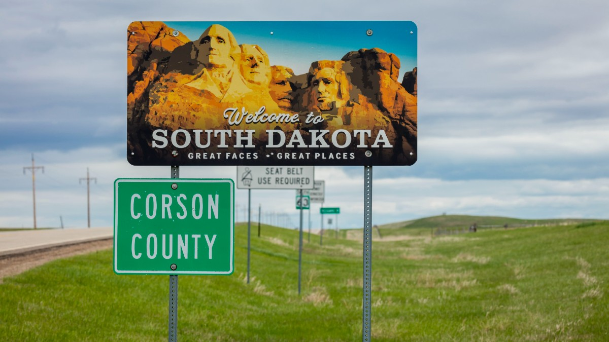 South Dakota Sports Betting Approved by Voters article feature image