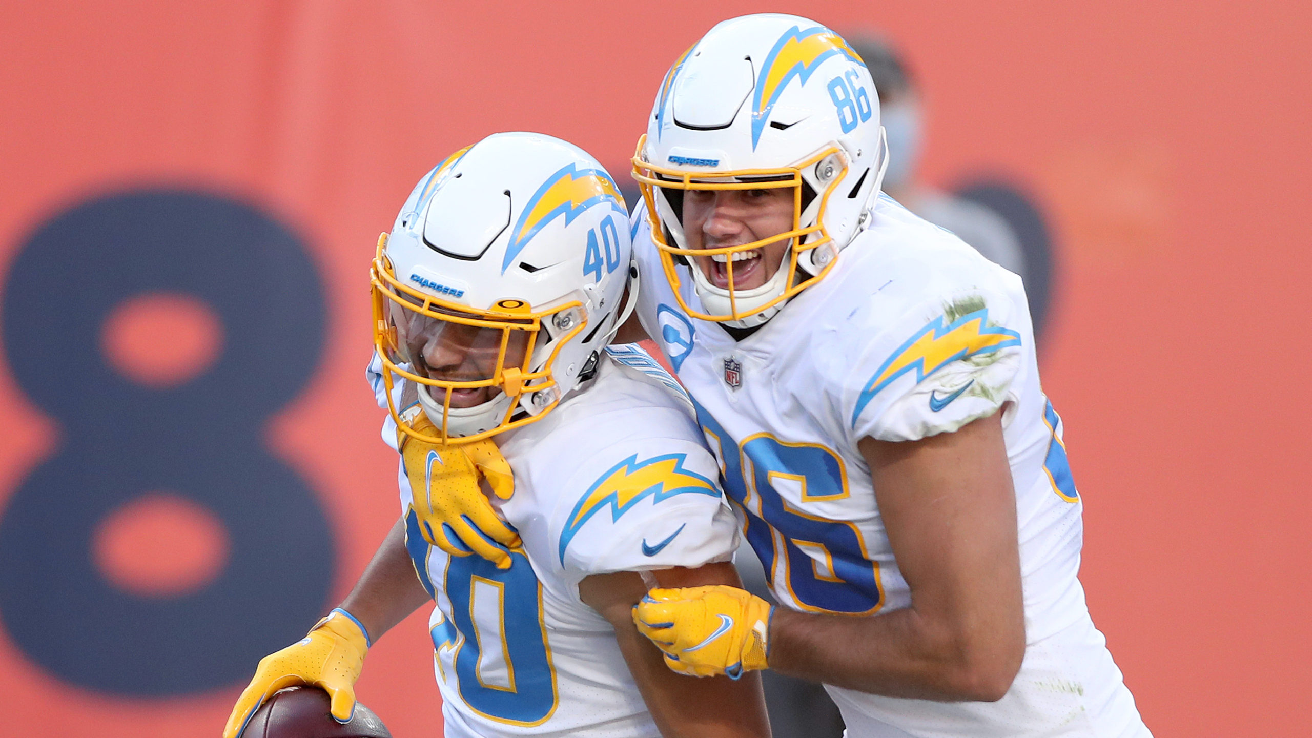 Sunday NFL Picks & Predictions: Which Side of Chargers vs. Raiders To Bet article feature image
