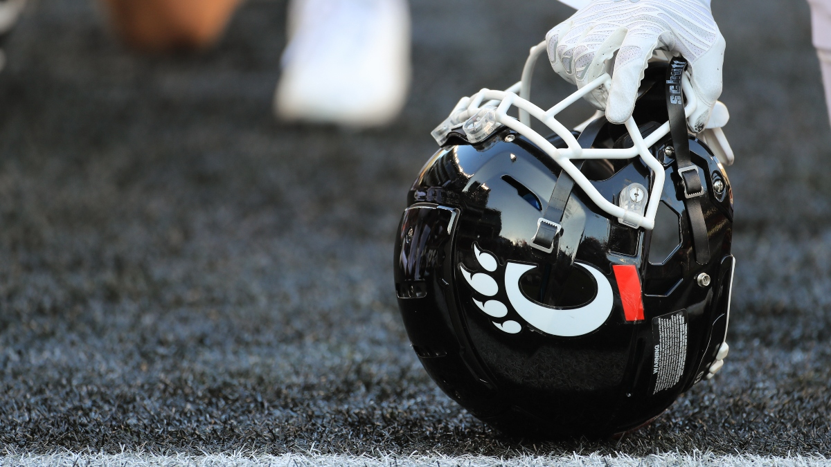 Cincinnati vs. ECU Odds & Promos: Bet $20, Win $125 if Cincinnati Gains a Yard, More! article feature image
