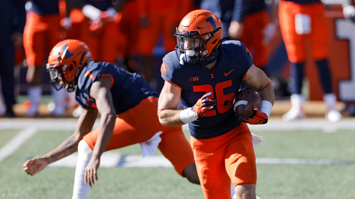 College Football Odds & Pick: Sharps Take Action on Illinois vs. Rutgers article feature image