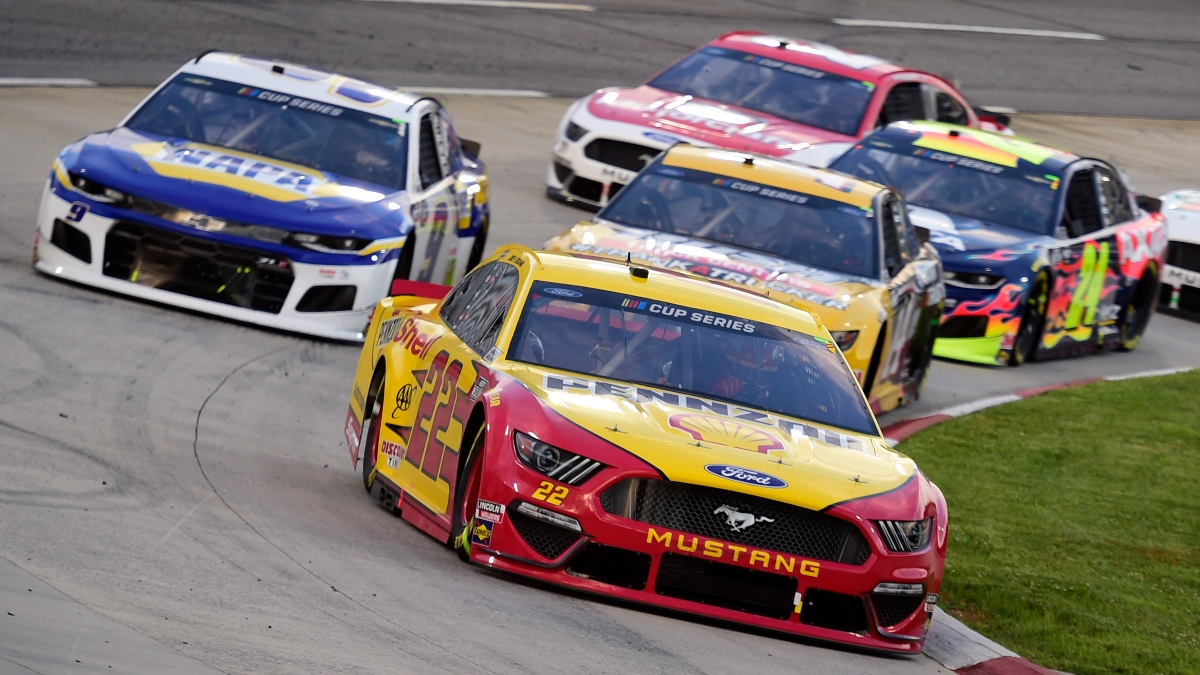 NASCAR at Martinsville Odds & Picks: Two Outright Bets For Sunday's Xfinity 500 (Nov. 1) article feature image
