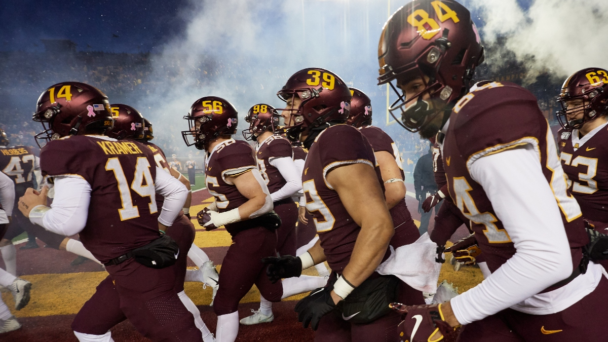 College Football Odds & Weather: Cold, Wind Provides Iowa vs. Minnesota Betting Edge (Friday, Nov. 13) article feature image