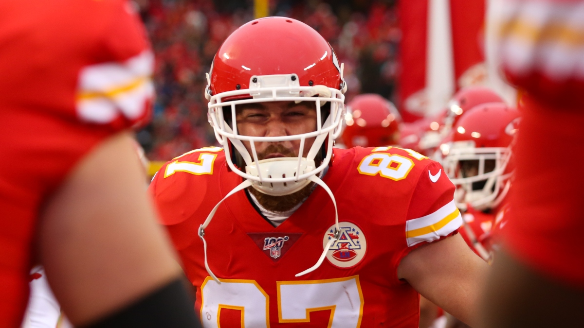Chiefs vs. Raiders Spread & Total Picks For Sunday Night Football article feature image