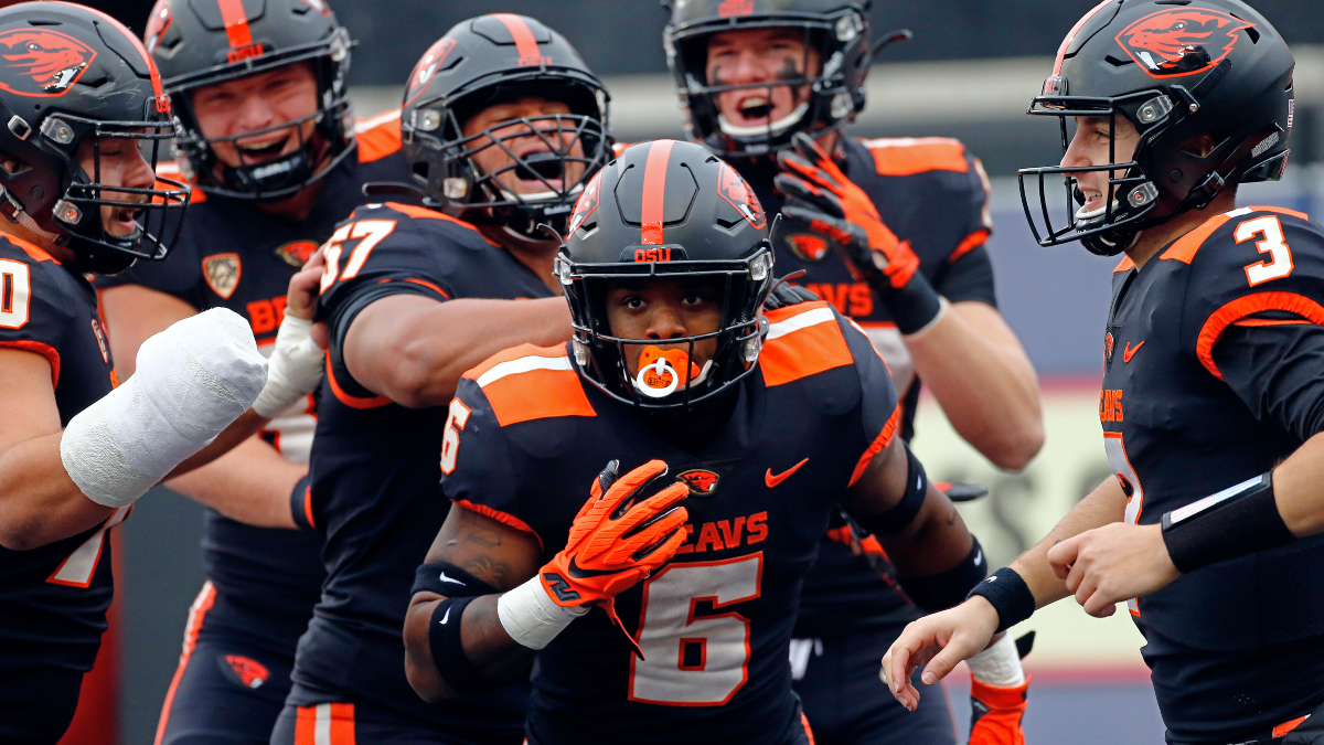 Friday College Football Betting Odds & Picks: Our Staff's Top 6 Best Bets For Nov. 27 Slate article feature image
